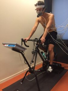Sportmedische test VO2max test ademgasanalyse ECG gezondheidscheck APK lichaam inspanningstest ECG